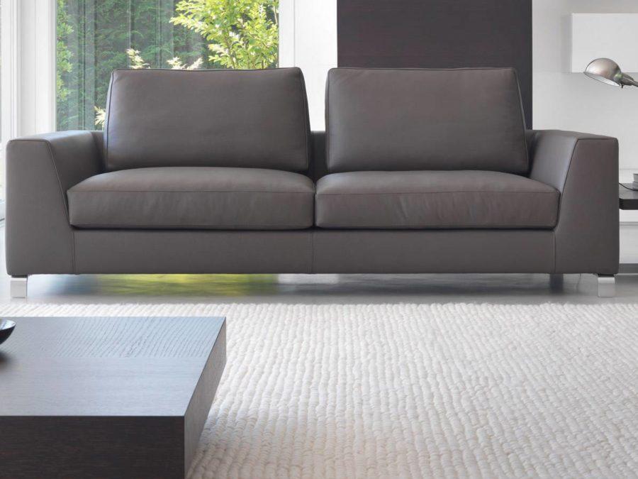 eagle_sofa